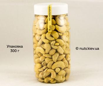 Кешью сырой сушеный в/с W-320 - Упаковка 300 г