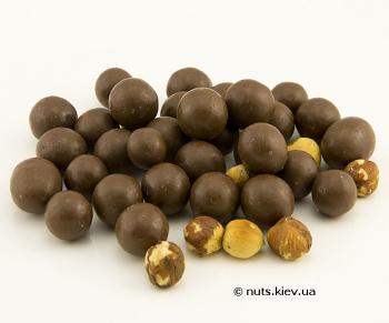 Фундук в шоколаде драже