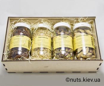 Подарочный набор орехов