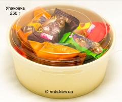 Сухофрукты с орехом в шоколаде Ассорти - Упаковка 250 г